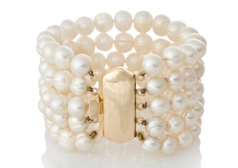 Класическа гривна от пет реда естесествени, бели перли