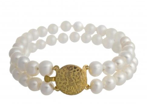 Красива, класическа гривна с бели, естествени перли