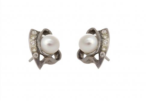 Сребърни обеци с естествени перли и цирконии