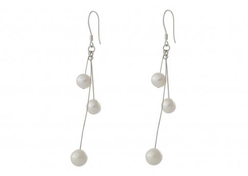 Ефектни дълги обеци с естествени перли