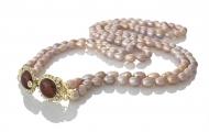 Ефектно дълго двуредно колие от естествени и редки лилави перли
