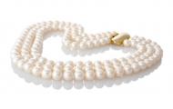 Изящна огърлица от три реда кръгли бели естествени перли