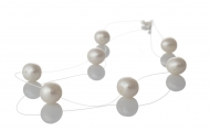Изящно, едноредно колие от красиви, бели, естествени перли