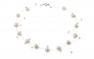 Изящно съчетание от едри и дребни, бели, естествени перли